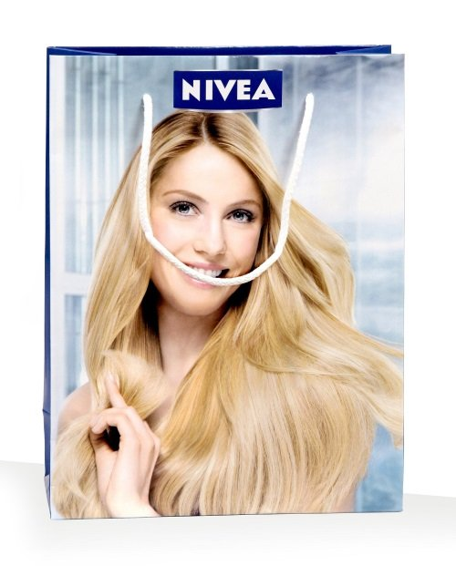 Front view Nivea bag, exclusive paper bag print
